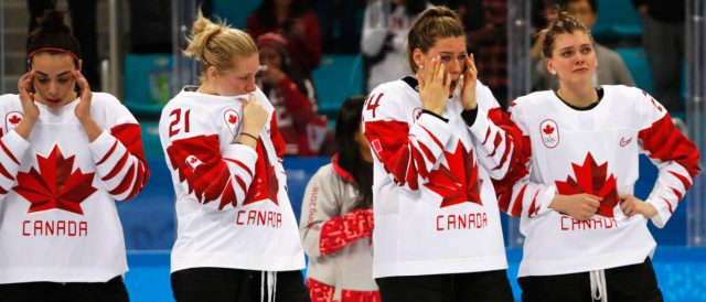 Ice Hockey - Pyeongchang 2018 Winter Olympics - Women's Gold Medal Final Match - Canada v USA - Gangneung Hockey Centre, Gangneung, South Korea - February 22, 2018 -  Canadian players react in dejection after losing to the U.S. REUTERS/Grigory Dukor