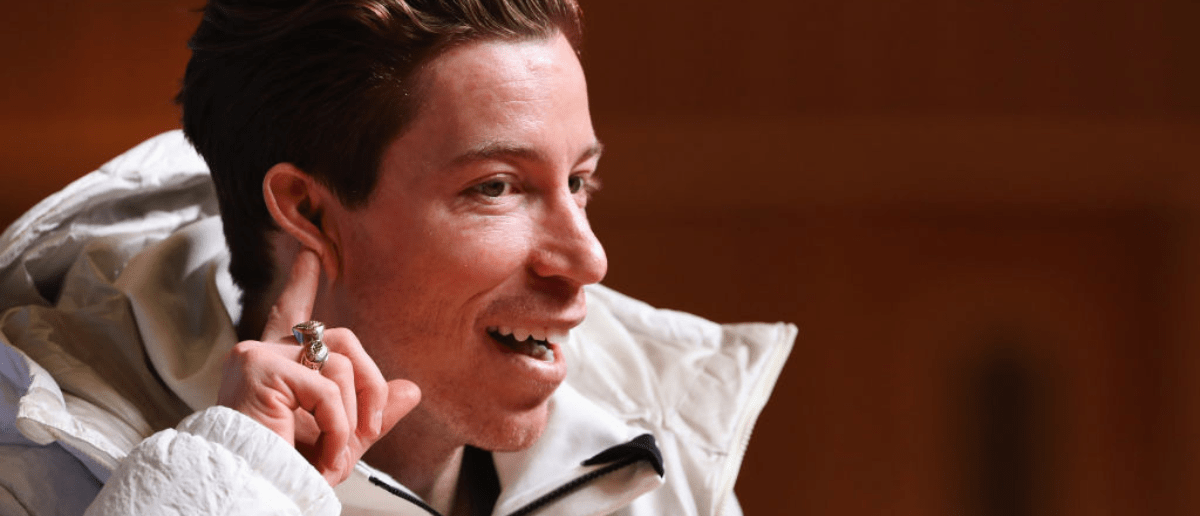 PYEONGCHANG-GUN, SOUTH KOREA - FEBRUARY 08: United States men's snowboarder Shaun White attends a press conference at the Main Press Centre during previews ahead of the PyeongChang 2018 Winter Olympic Games on February 8, 2018 in Pyeongchang-gun, South Korea. (Photo by Ker Robertson/Getty Images)