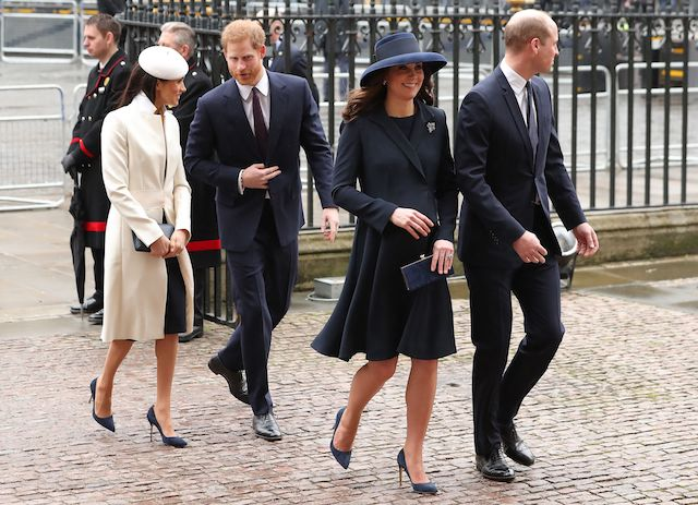 Britain's Catherine, Duchess of Cambridge, (2R) and her husband Britain's Prince William, Duke of Cambridge (R), arrive with Britain's Prince Harry (C) and his fiancée US actress Meghan Markle to attend a Commonwealth Day Service at Westminster Abbey in central London, on March 12, 2018. Britain's Queen Elizabeth II has been the Head of the Commonwealth throughout her reign. Organised by the Royal Commonwealth Society, the Service is the largest annual inter-faith gathering in the United Kingdom. / AFP PHOTO / Daniel LEAL-OLIVAS (Photo credit should read DANIEL LEAL-OLIVAS/AFP/Getty Images)