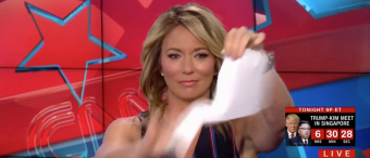 CNN's Brooke Baldwin Imitates Trump, Tears Up Paper On-Air