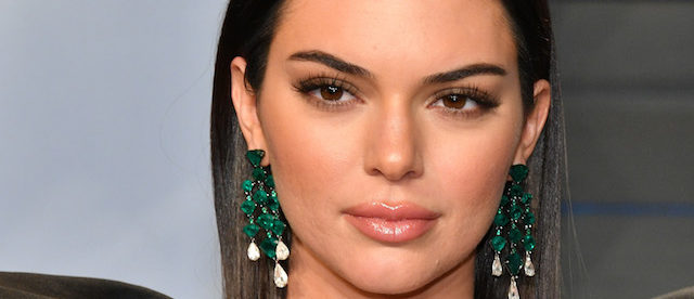 Kendall Jenner Hits Fans With Jaw-Dropping Bikini Shot [PHOTOS]
