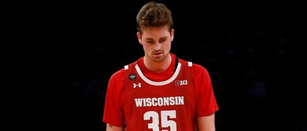 HIGHLIGHTS: Wisconsin Loses In Embarrassing Fashion To Rutgers 72-65