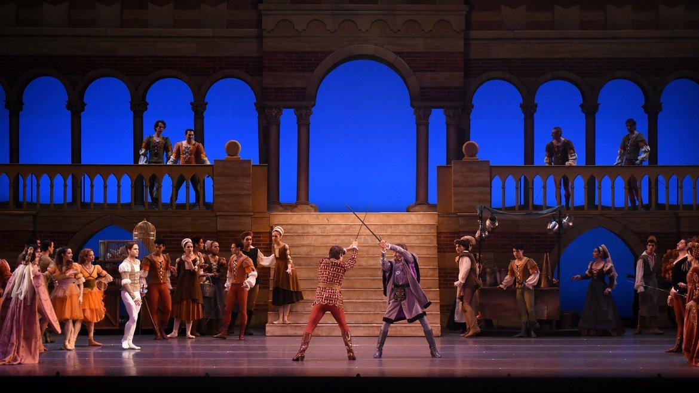 La puesta en escena del Teatro Colón, un condimento especial para una noche inolvidable