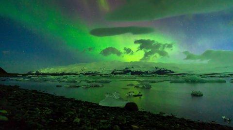 El lago glaciar Jökulsárlón en Islandia.