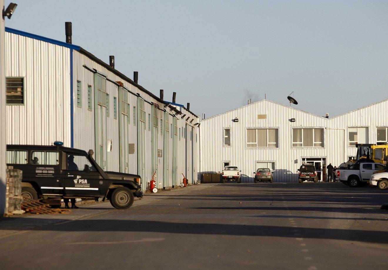 La Policía de Seguridad Aeroportuaria (PSA) allanó dos oficinas de Austral Construcciones del empresario detenido Lázaro Báez