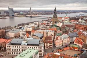 Latvia - Thousands protest in Riga over healthcare funding, municipal reform