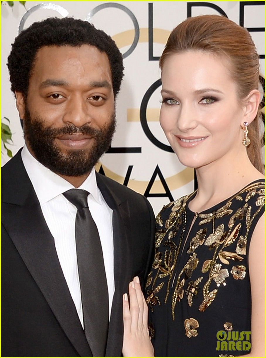 chiwetel ejiofor golden globes 2014 red carpet 01