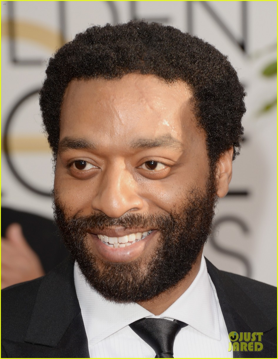 chiwetel ejiofor golden globes 2014 red carpet 02