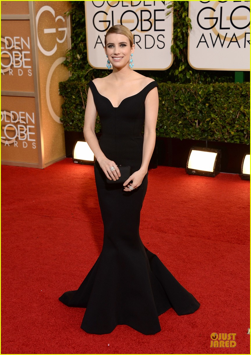 emma roberts golden globes 2014 red carpet 07