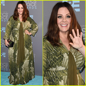 Melissa McCarthy Gets All Glam for Critics' Choice Awards 2016