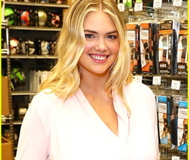 Kate Upton Says Baby Genevieve Is A Really Good Baby