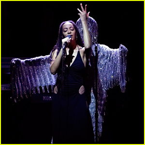 Solange Performs 'When I Get Home' Medley on 'Tonight Show' - Watch Here!