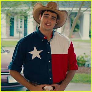 Noah Centineo se llena de texanos en un nuevo teaser y fotos de 'The Perfect Date'