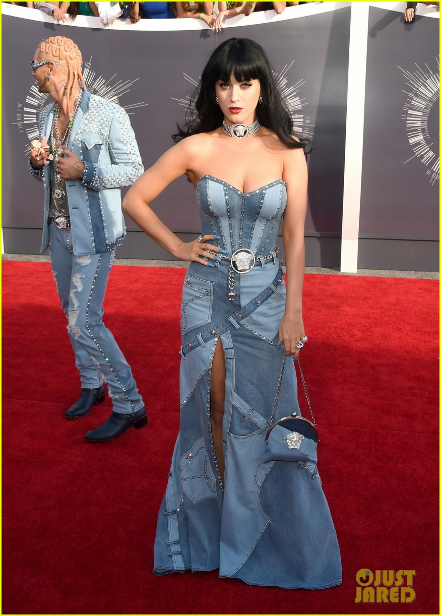 katy perry jean dress mtv vmas 2014 05