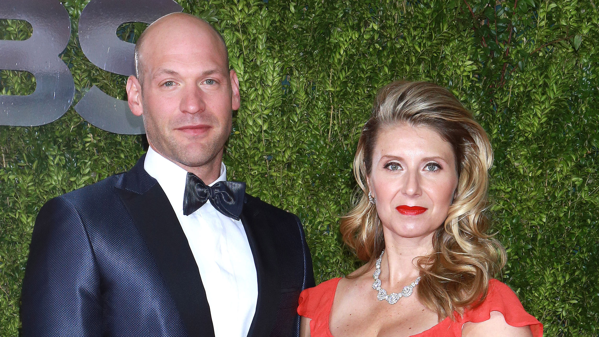 Corey Stoll Amp Nadia Bowers Get Married Amp Expecting First