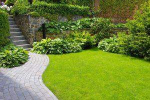 Gartenweg anlegen   Ratgeber für Planung & Umsetzung ...