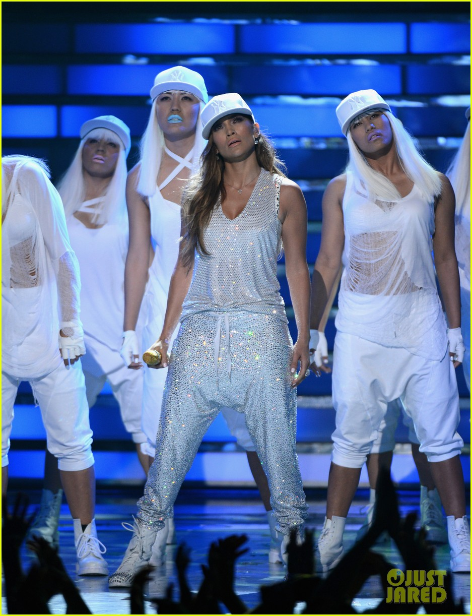 jennifer lopez american idol finale performance 29