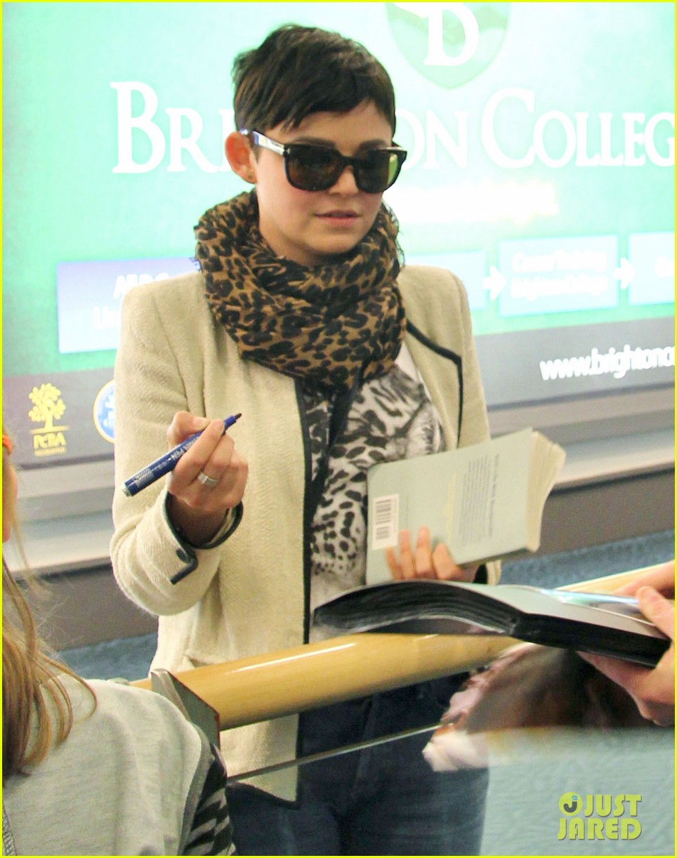 Ginnifer Goodwin Playing Combined Characters On Once
