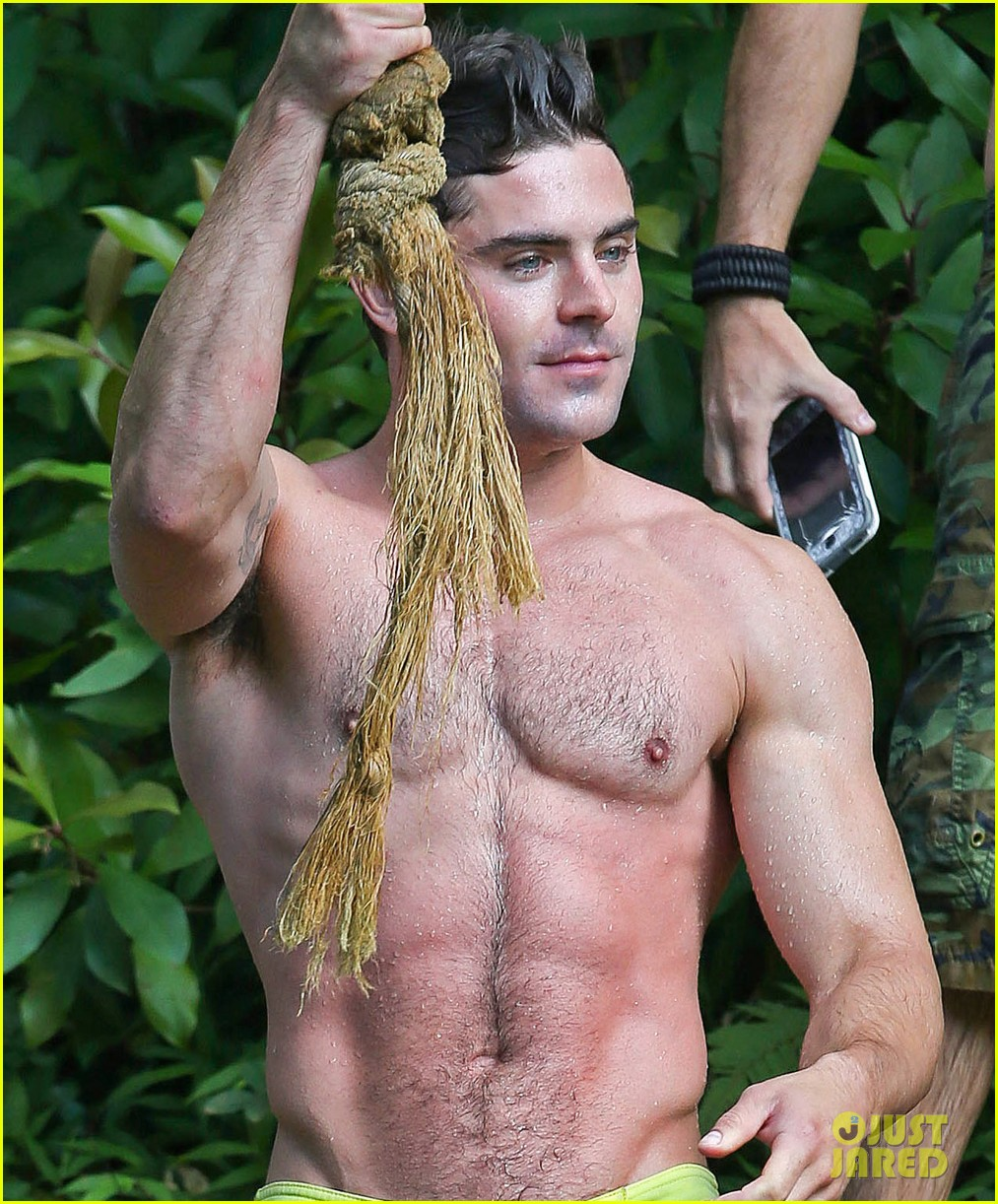 zac efron shirtless hawaii more ripped than ever 15