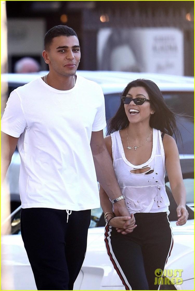 Kourtney Kardashian & Boyfriend Younes Bendjima Hold Hands ...