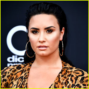 Demi Lovato Seeks Mental Health & Sobriety Treatment in Chicago (Report)