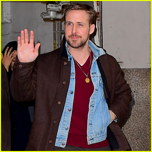 Ryan Gosling Is All Smiles While Stepping Out in New York City!