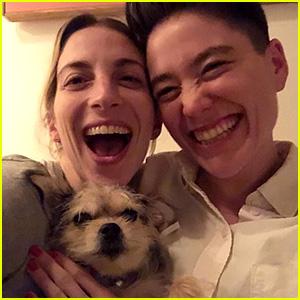 Younger's Molly Bernard & Girlfriend Hannah Lieberman Are Engaged!