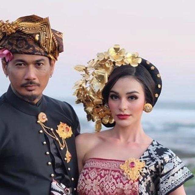7 Momen Pernikahan Jerinx Sid Dan Nora Alexandra Philip Dengan Adat Bali Hot Liputan6 Com