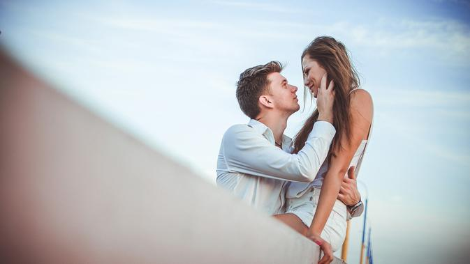 Ilustrasi pasangan (dok. Pixabay.com/Putu Elmira)