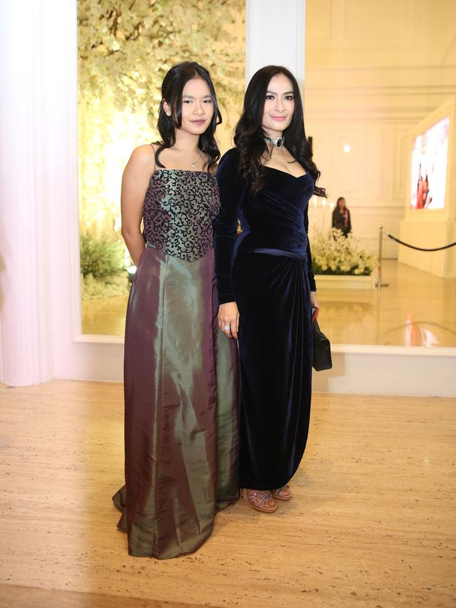 [Fimela] Selebriti di Resepsi Pernikahan Baim Wong-Paula Verhoeven