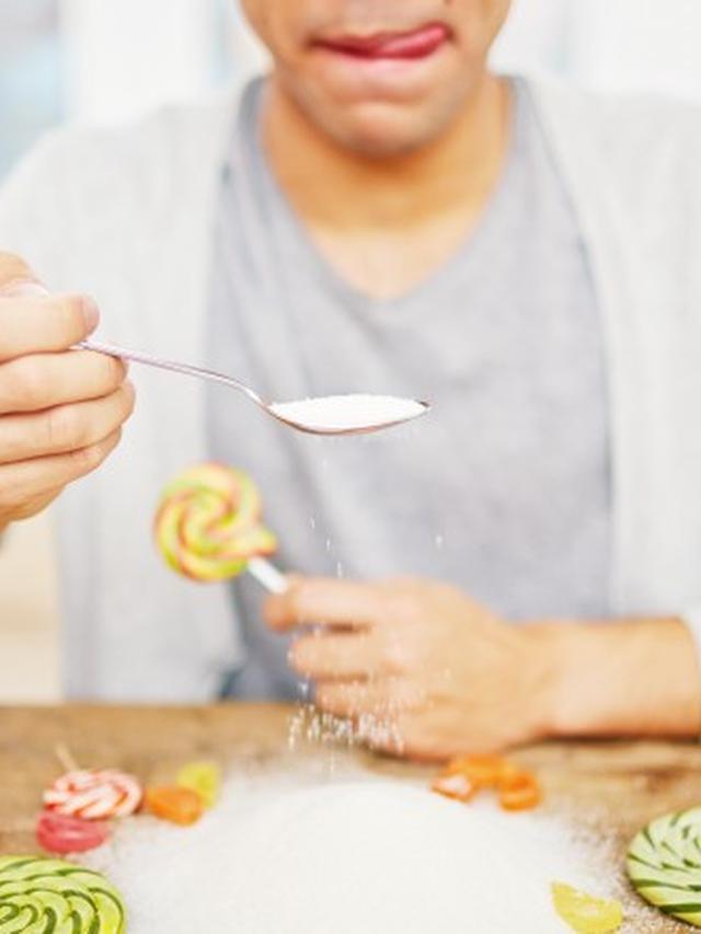 Makanan yang Meningkatkan Risiko Kanker Payudara