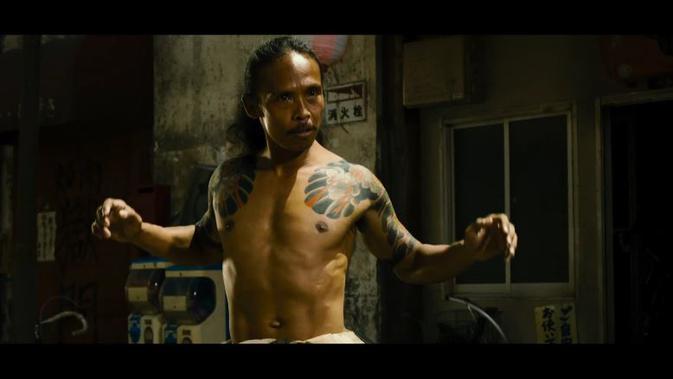Yayan Ruhian dalam film Yakuza Apocalypse
