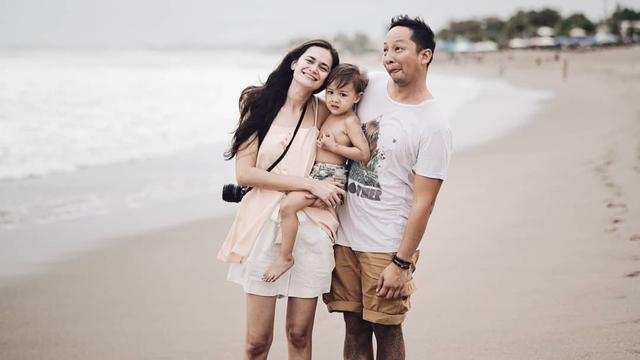 [Bintang] Ringgo Agus Rahman dan Sabai Morscheck