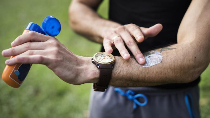Jangan lupa untuk memberikan tabir surya pada kulit tubuhmu / Sumber: iStockphoto.com