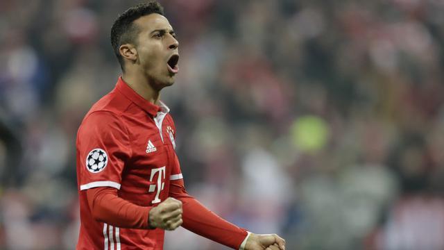 Playmaker Bayern Muenchen Thiago Alcantara (AP Photo/Matthias Schrader)