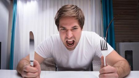 Cara Kendalikan Rasa Lapar Saat Berpuasa