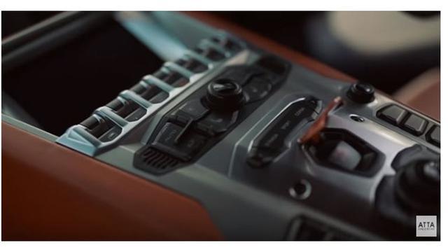6 Momen Atta Halilintar Jajal Mobil Lamborghini Barunya, Merasa Mirip Naik Pesawat