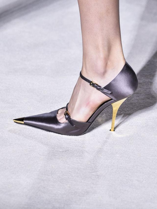 Deretan Sepatu Memukau di New York Fashion Week 2019