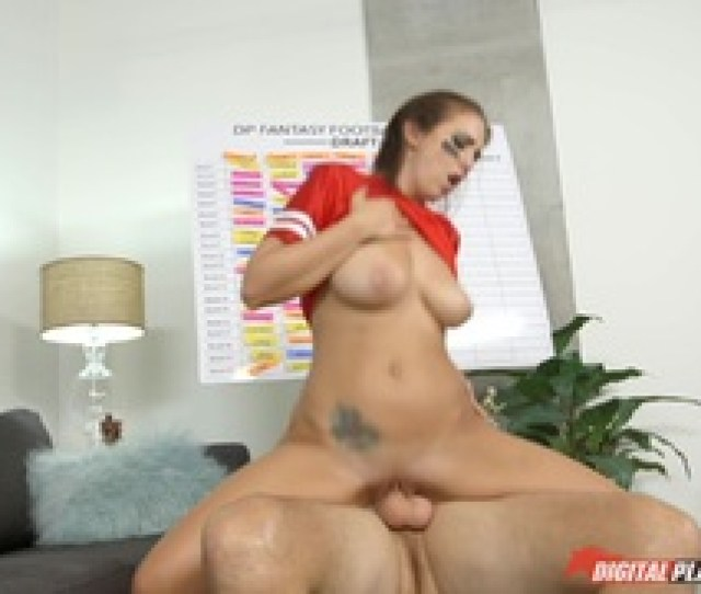 Layla London Has Her Petite Pussy Broken Into With Huge Cock