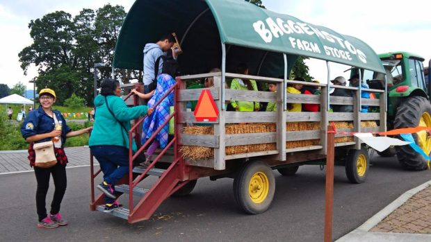 Brenda excited to give her bilingual talk on the wagon ride.