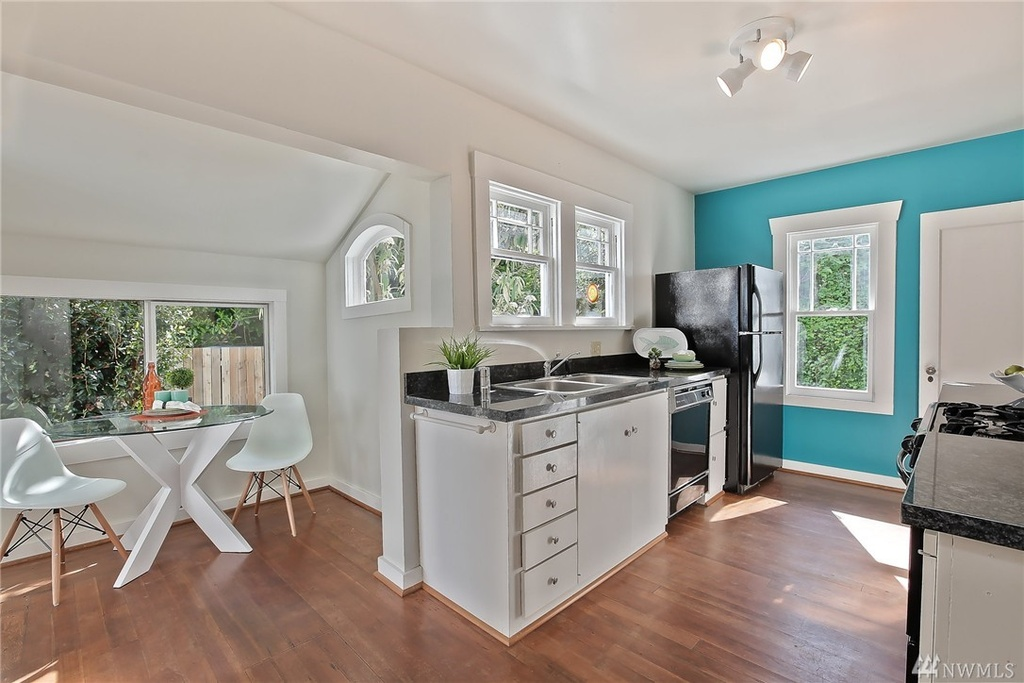 Zillow Seattle Houseboats For Sale