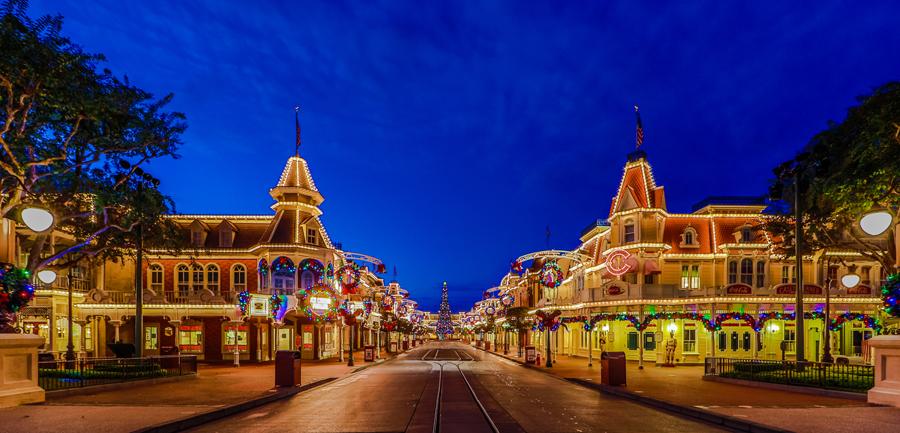 Holiday Magic Arrives at Magic Kingdom Park.