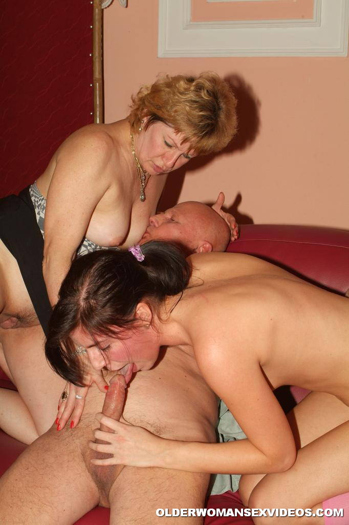 Darlenes awakening threesome