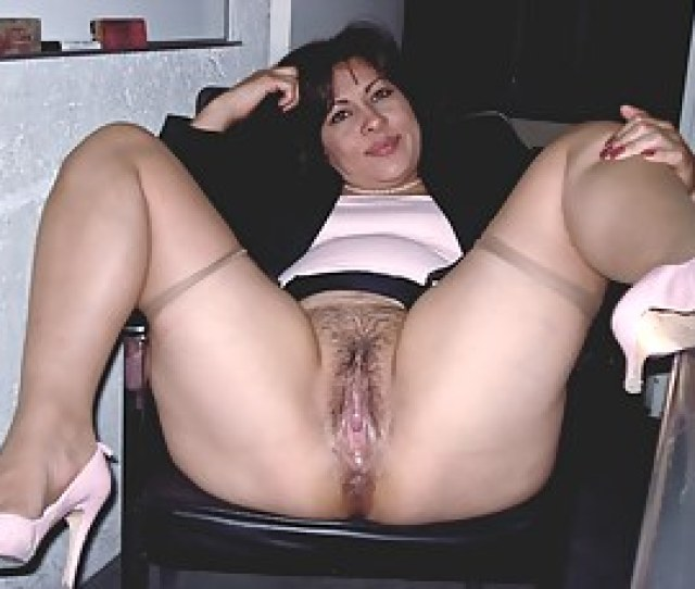 Free Moms Porn Pictures