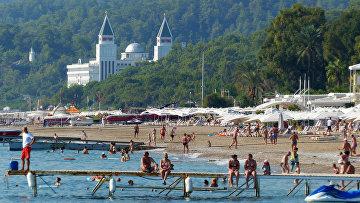 Пляж одного из курортов Антальи