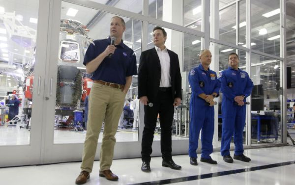 First Manned SpaceX Flight Expected in Early 2020, Elon Musk & NASA Chief Say