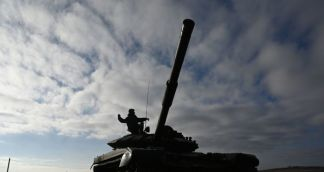 Tanks, Troops Returning to Permanent Bases as Disengagment Between India, China Begins – Video