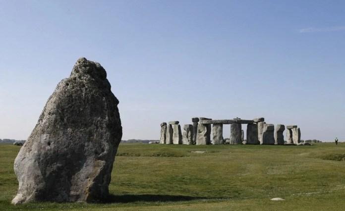 Stonehenge'in gizemi çözülüyor: Bronz Çağı döneminden kalma mezar bulundu - 2