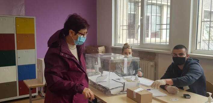 In the Bulgarian polling stations: the most expensive option in the history of the country - 8