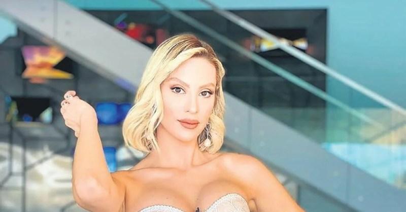 31 yaşındaki lisanay Korkmaz, güzellik yarışmasından sonra sunuculuk yapmaya başladı.